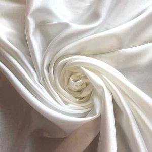 Tissu satin extensible – blanc cassé