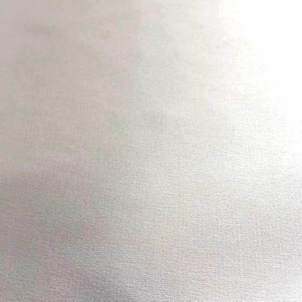 Tissu satin extensible