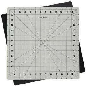 Tapis de découpe pivotant 41.6 x 36.2 cm